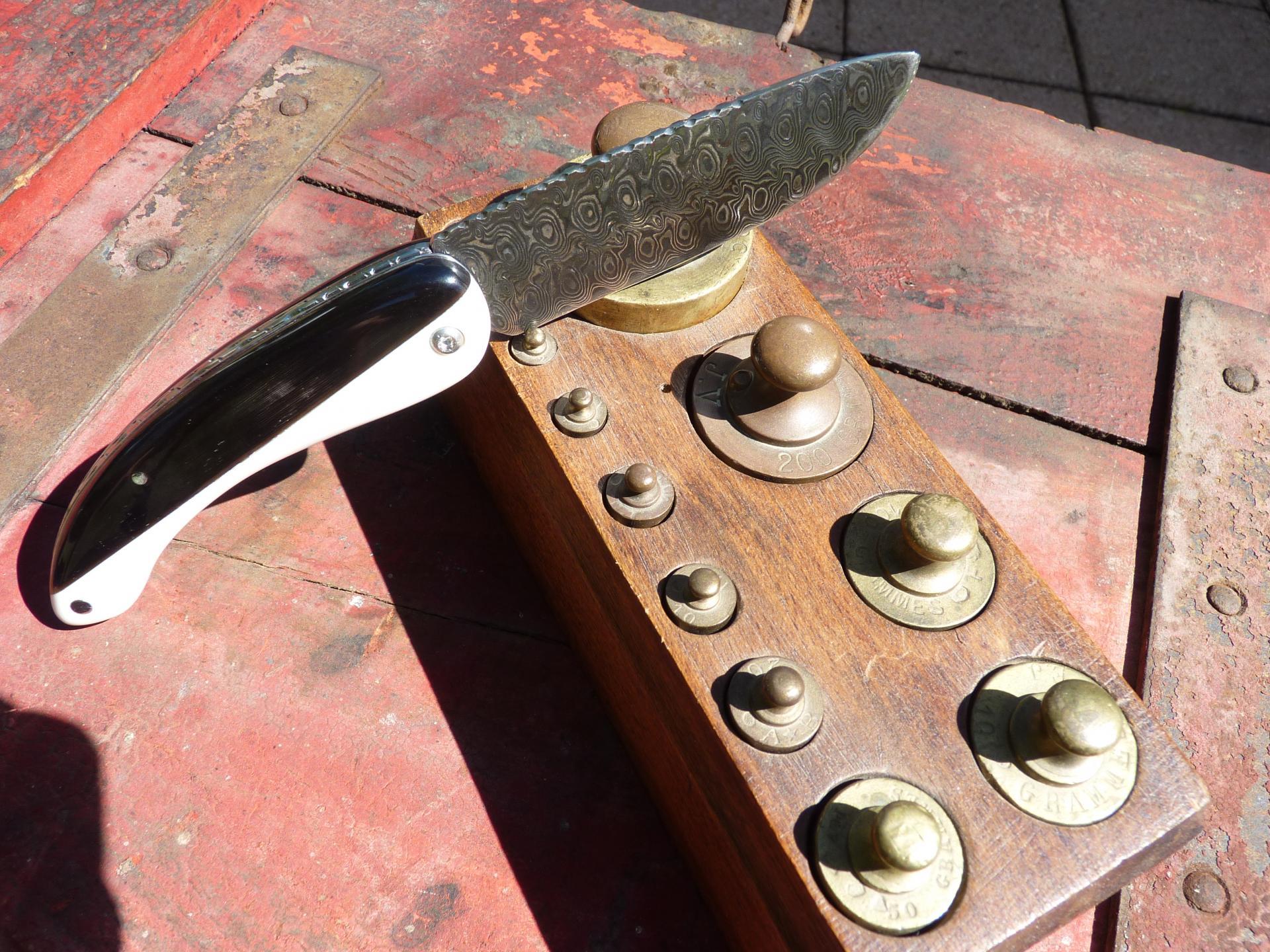 Damas inox sur ivoire synthétique et corne de buffle